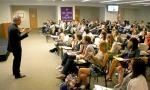 Larry Hackett regales SPI students